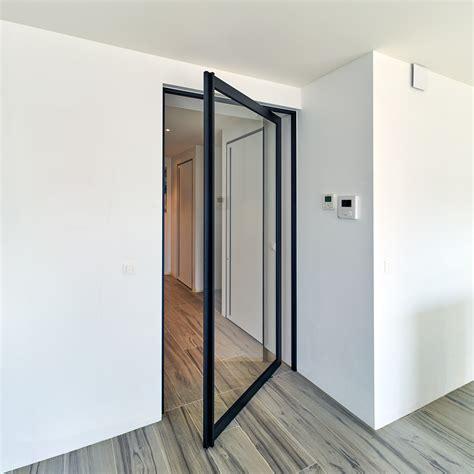 image de cuisine ouverte porte vitrée style atelier en acier moderne anyway doors