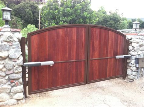 Wooden Driveway Gates For Wood Inspirations 2