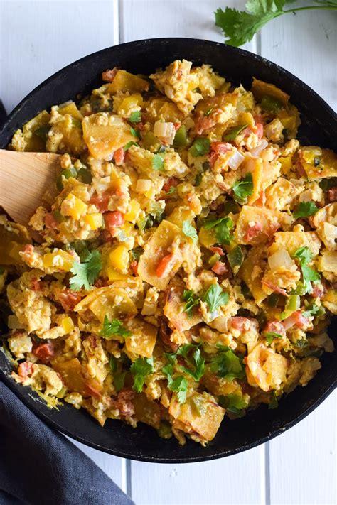 migas mexican egg tortilla breakfast skillet