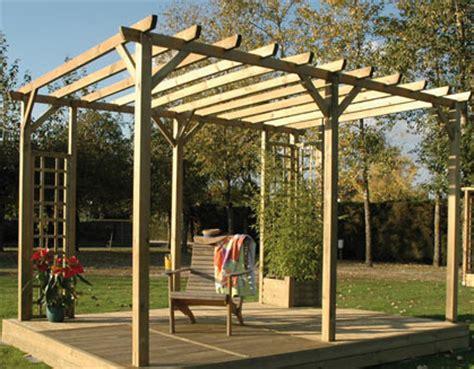 espaces et bois installation pose de pergola bois terrasse en bois habillage piscine spa 224