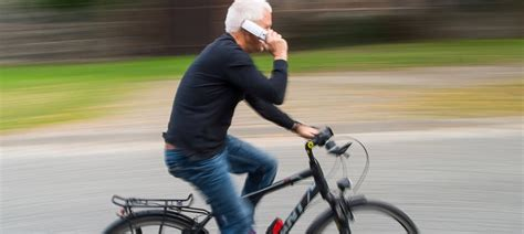 handy am fahrrad niederlande wollen handys am fahrrad lenker verbieten