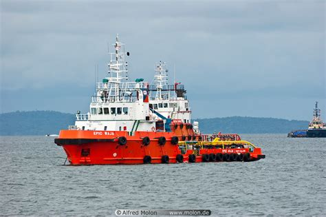 Tug Boat Malaysia by Tugboat Picture Coastal Area Labuan Sabah Malaysia