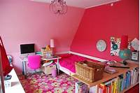 how to decorate your room Amazing of How To Decorate A Bedroom Wall From How To Dec ...