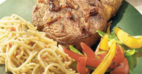 Brown pork chops in 1/4 cup oil then drain. Lipton Onion Soup Mix Pork Chops : Easy Slow Cooker Smothered Pork Chops with Mushroom and ...