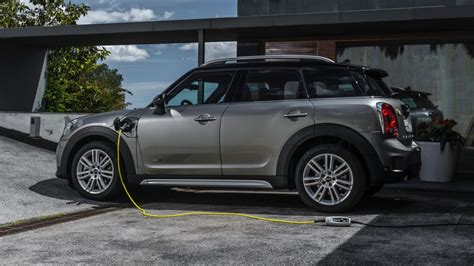 Most Efficient Crossovers by The Most Efficient Crossovers And Suvs In America