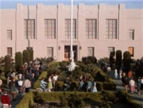 Filming Locations of Grease   Rydell High School