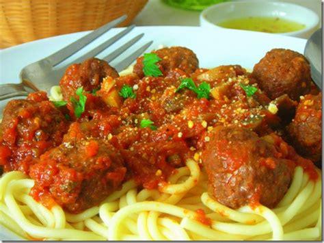 comment cuisiner les boulettes de viande spaghettis aux boulettes de boeuf chignons le
