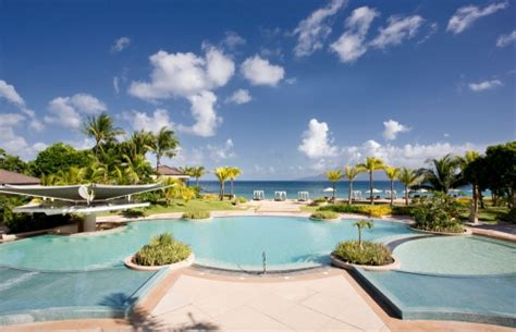 Luxury Resorts In The Philippines Its More Fun In The