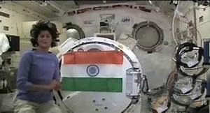 Astronaut Sunita Williams Becoming Muslim - Pics about space