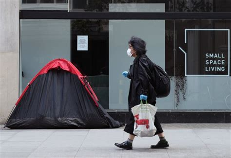 Homeless foreigners face deportation after Brexit | Metro News