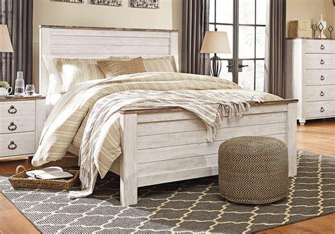 whitewash bedroom furniture willowton whitewash queen panel bed 13863   AF B267 Willowton Queen Panel Bed 2