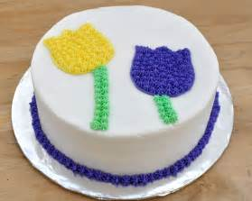 Image of: Beki Cook 39 Cake Blog Cake Decorating 101 Easy Birthday Cake Simple Cake Decorating For A Birthday Cake Of Your Loved Ones