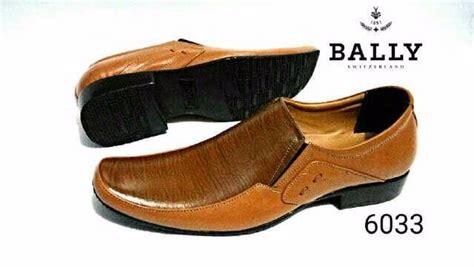 Sepatu Bally Mocasin Coklat jual sepatu formal kulit pantofel pria bally bertali selop
