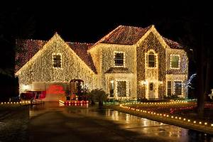Homeowner, Wins, Legal, Fight, Over, Nativity, With, 200, 000, Christmas, Lights, And, A, Camel
