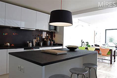 photo de cuisine ouverte sur sejour cuisine ouverte sur séjour c0137 mires