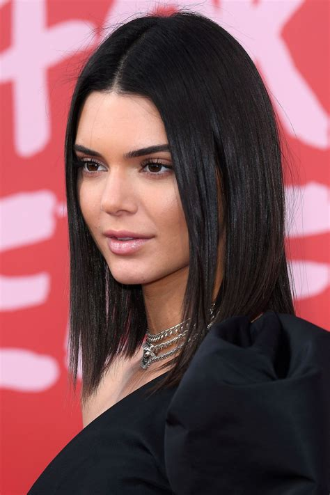 Cannes 2017: Red-Carpet Beauty   Kendall jenner short hair ...