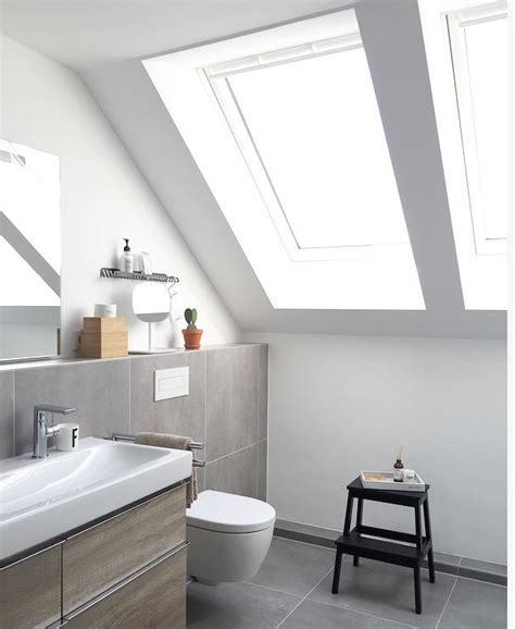 kleines schmales bad unter dachschräge dachschr 228 platz optimal ausnutzen so geht s