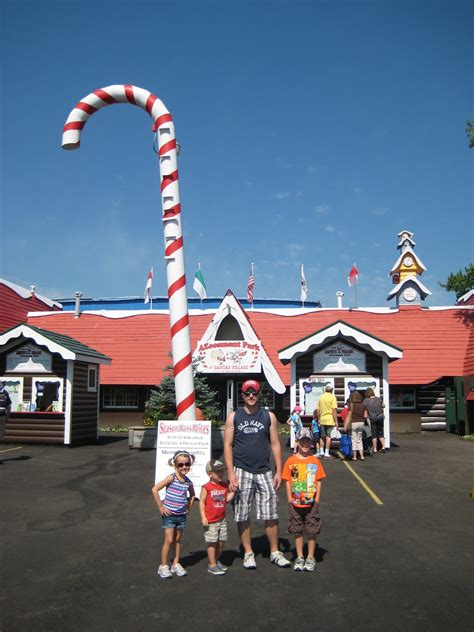 santas village azoosment park family pass giveaway ends