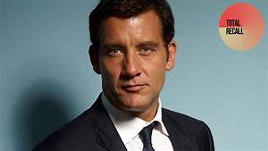 Clive Owen 2018: Wife, tattoos, smoking & body facts - Taddlr