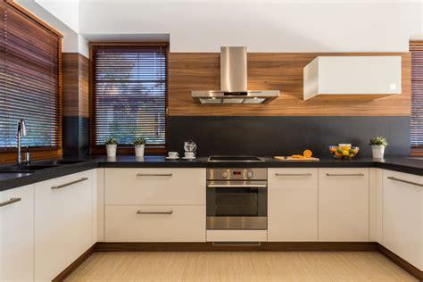 cocina moderna blanco  madera fotos   te inspires
