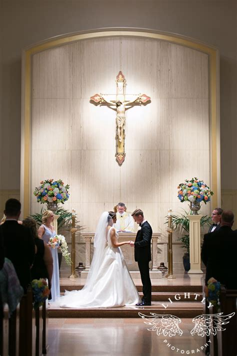hailey  ted    wedding ceremony lightly