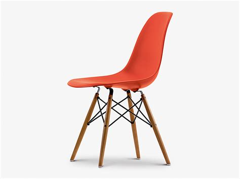 buy the vitra dsw eames plastic side chair yellowish maple