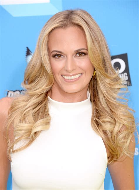 jena sims  beauty      awards stylebistro