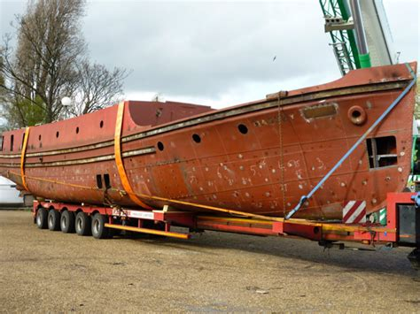 Fireboat Massey Shaw historic fireboat en route to gloucester for restoration