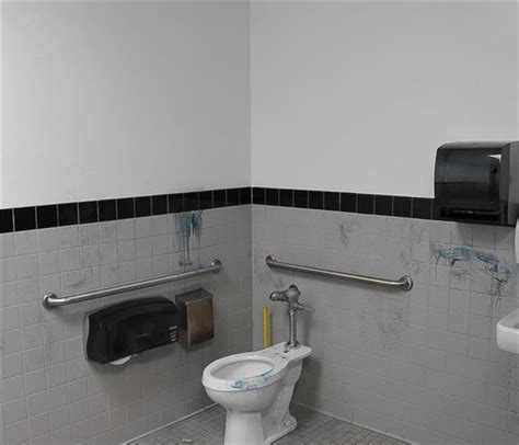sewage cleanup sewer toilet overflow servpro of arlington