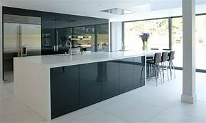 Using High Gloss Tiles For Kitchen Is Good? - Interior