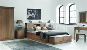 Lit Adulte Rangement : chambre adulte avec rangement tete de lit ~ Teatrodelosmanantiales.com Idées de Décoration