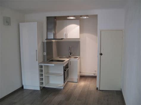 chambre avec salle d eau ouverte locations location appartement t2 f2 cassis centre du