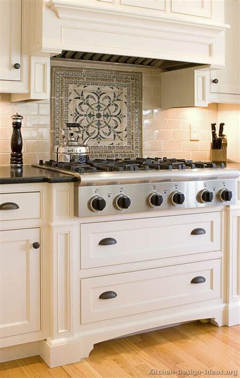 kitchen backsplash ideas materials designs  pictures