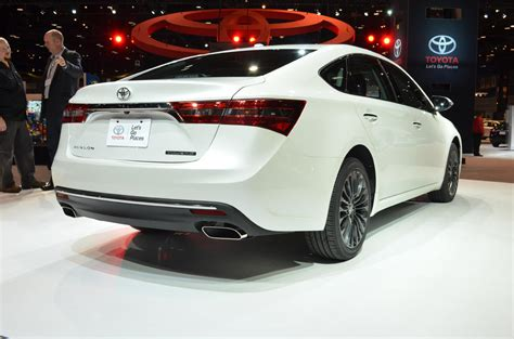 Toyota Chicago by Chicago 2015 2016 Toyota Avalon Unveiled The