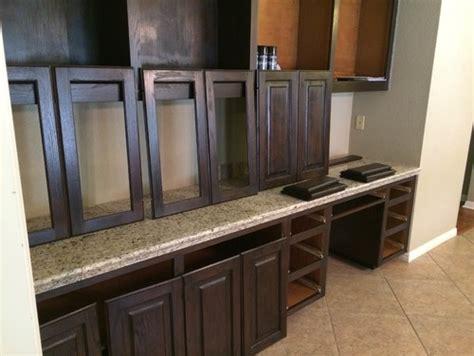 Which Polyurethane Finish For Dark Oak Cabinets