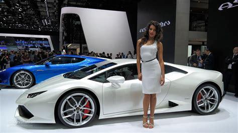 The Girls Of The Paris Motor Show 2014 [live Photos