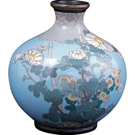 light blue vase japanese light blue cloisonn 233 vase with chrysanthemum