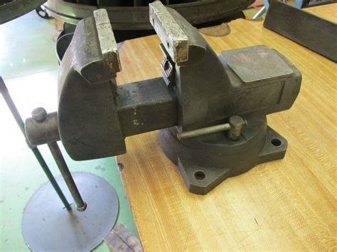 bench mount swivel base vise  jaws ebay