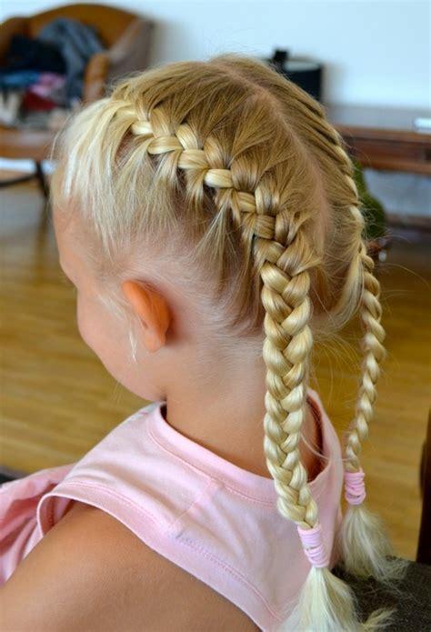 coiffure fille tresse tresse enfant 70 id 233 es g 233 niales pour les petites demoiselles