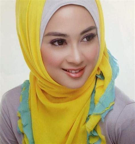hijab fashion  actresstrend model oursongfortoday