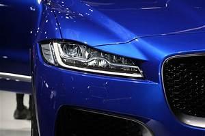Jaguar E Pace Configurateur : jaguar prepares all electric e pace new inline six engines ~ Medecine-chirurgie-esthetiques.com Avis de Voitures