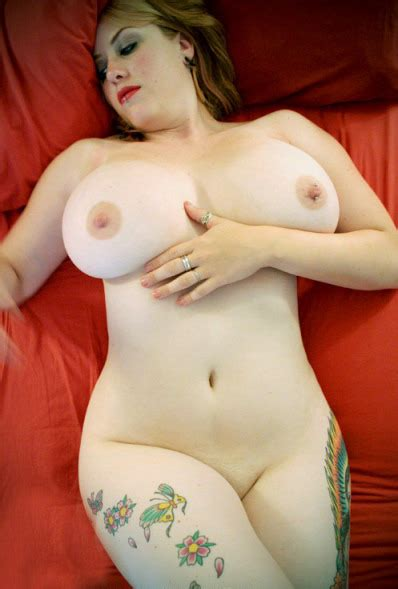 Beautiful Curvy Woman With Perfect Big Tits Jschnaxel
