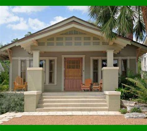 exterior house color schemes brown roof prestigenoir com