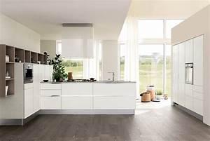 Cucine bianche moderne cose di casa for Cucine basse moderne