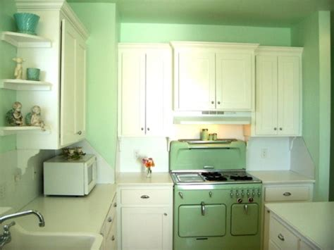 in style kitchen cabinets 150 best 1920s kitchen inspiration images on 4651
