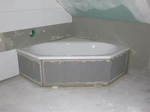Badewanne Mit Vinyl Verkleiden : ein massivhaus entsteht badewanne eingebaut bad fertig zum fliesen ~ Indierocktalk.com Haus und Dekorationen