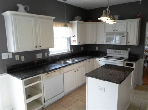 kitchen ideas cabinets white kitchen cabinets with black granite countertops