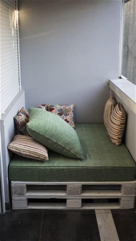 canapé sous fenetre canapé d angle en palettes nos conseils pour bien le