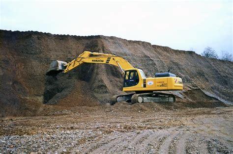 cave di ghiaia cave sabbia inerti e scavi noleggio movimento terra