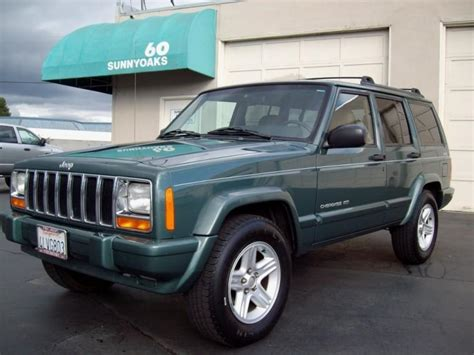 jeep cherokee green 2000 2000 green jeep cherokee truck photo pictures of jeeps